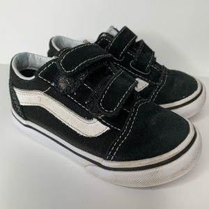 Vans black white toddler size 7 sneaker shoes